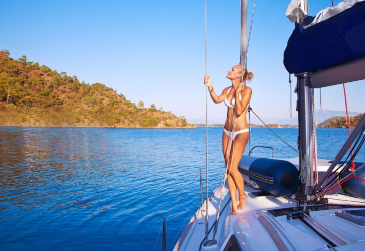 enjoy the privacy of croatian islands with your loved ones daily boat rental