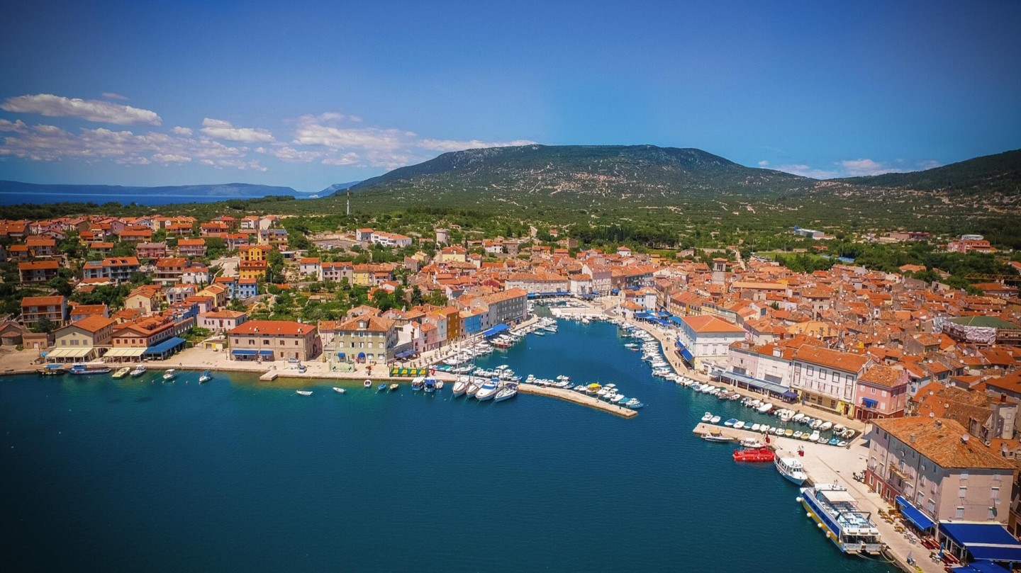 cres kvarner yachting snorkeling day boat hire