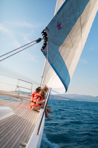 families rent a boat for a day and discover the croatian coast