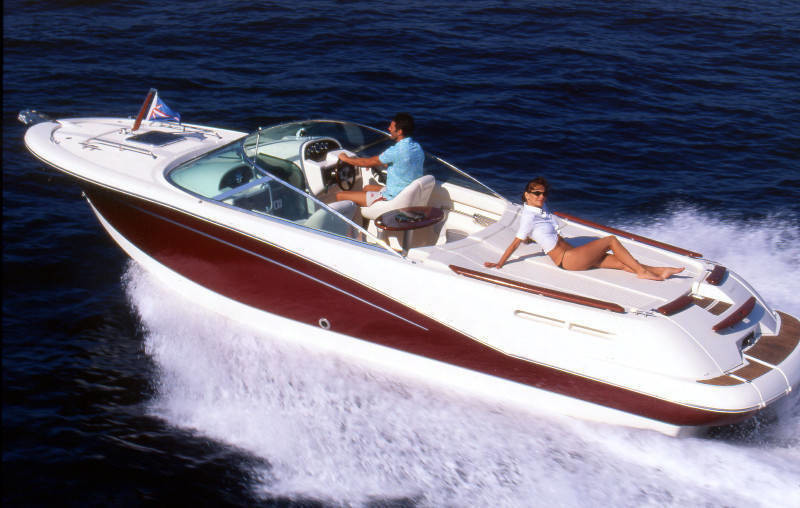jeanneau runabout 755 comfort and subathing