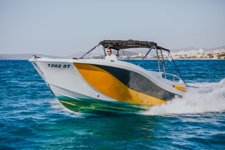 mercan speed friends yacht daily boat rental