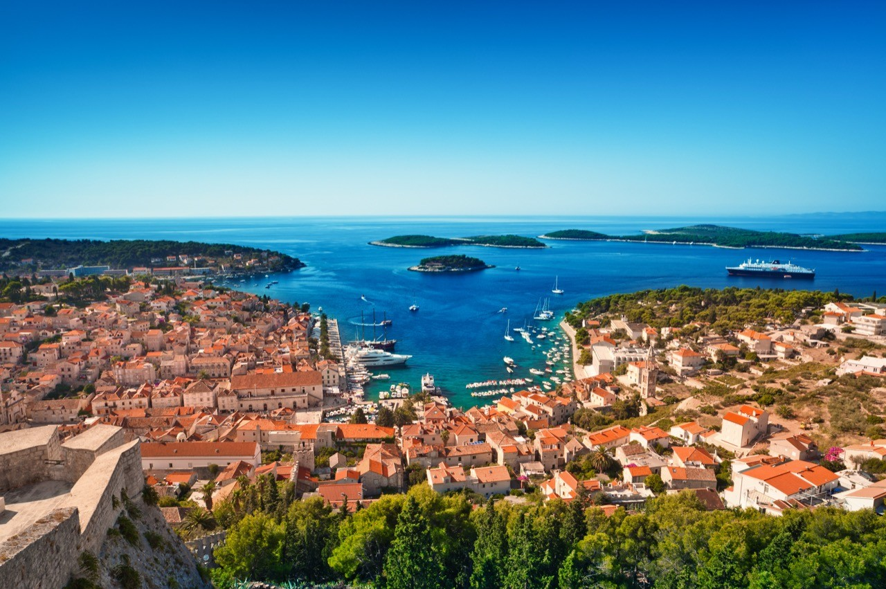 hvar pakleni islands wild side hedonsim party luxury glamour