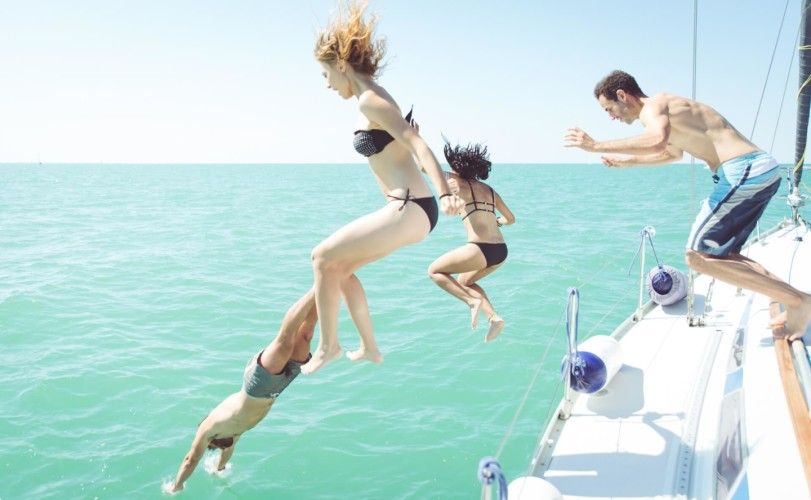 jump into the summer on your daily yacht rental