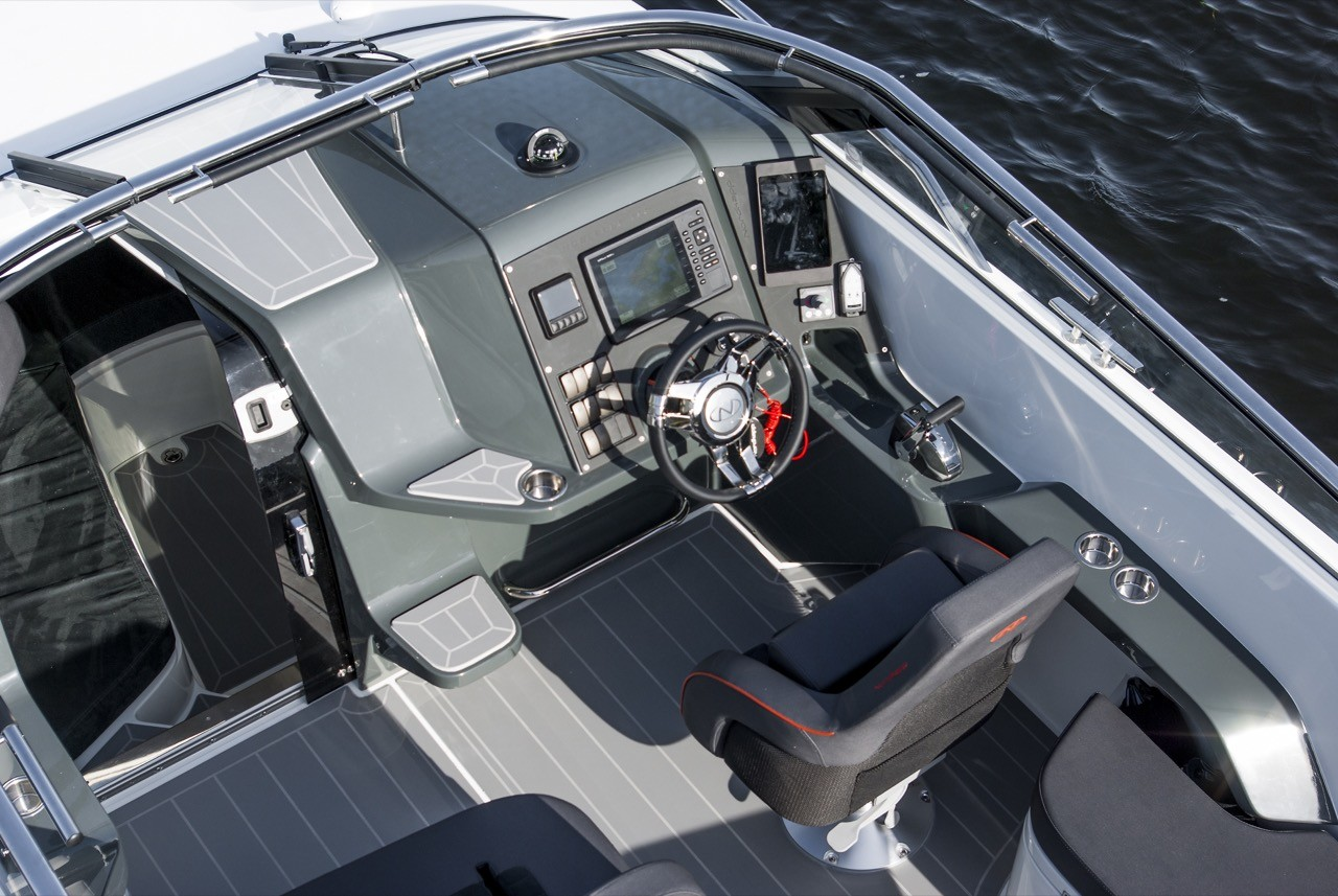 Nordkapp Noblesse 830 split daily cruises cockpit speed