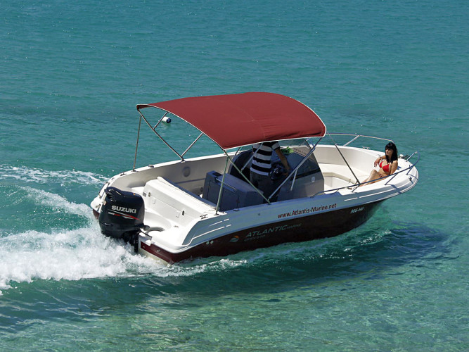 Atlantic 670 Open daily speedboat rental sunbath enjoy the adriatic sea