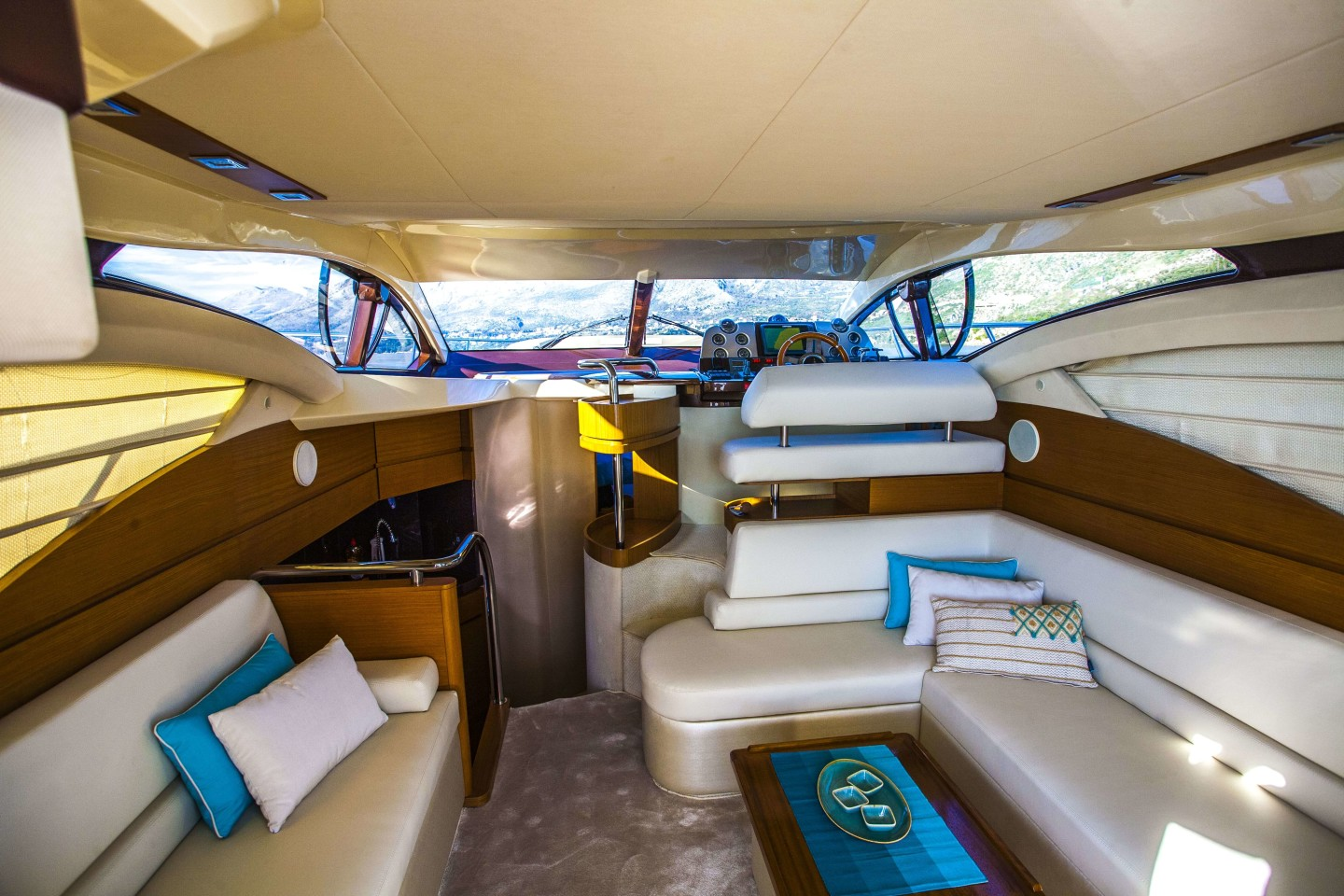 azimut 43 dubrovnik 22 saoon inside relaxing area