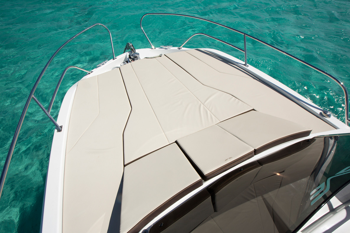 Beneteau Flyer 7.7 split day cruise speedboat rental split region