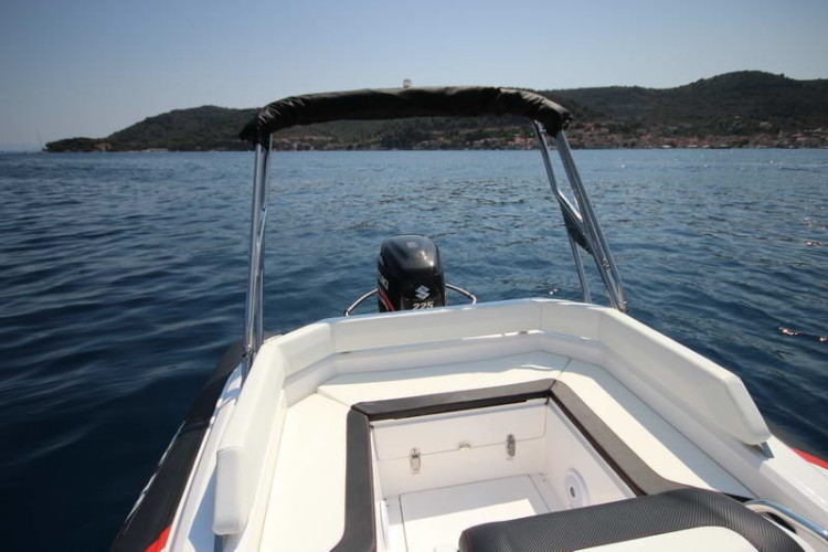 BSC 70 Sport sailing for day rent speedboat family relax