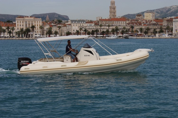 BSC 80 speedboat rental in split daily cruise sea near split islands