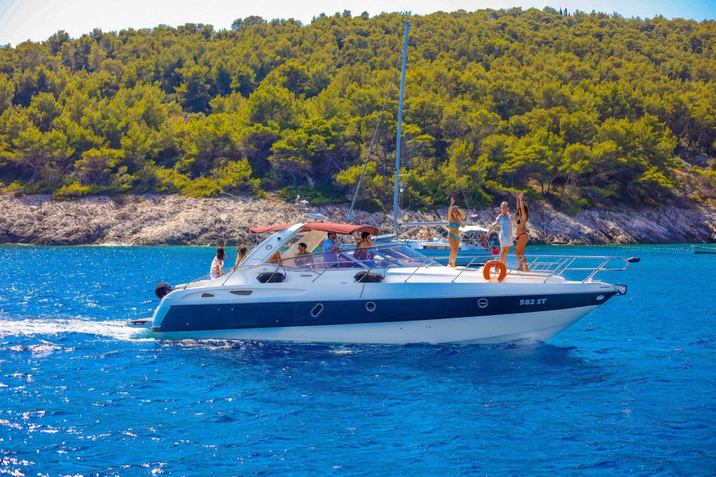 cranchi 41 party boat hvar hidden croatia holidays 1