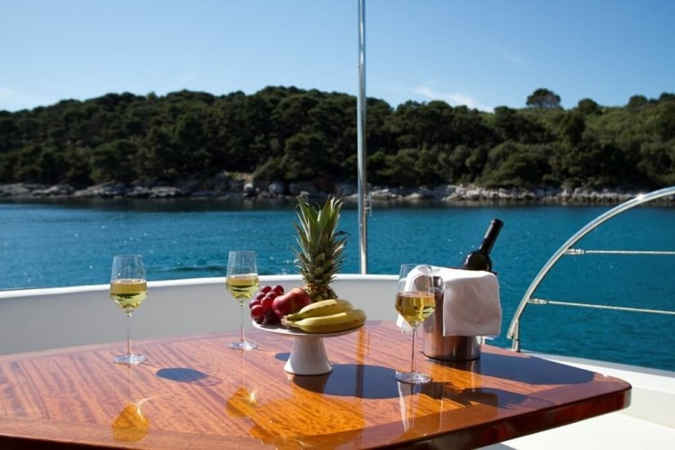 Cyrus 13 Hardtop 9 luxyury croatia yacht charter rental day trip island hopping paddle surfing culinary holiday