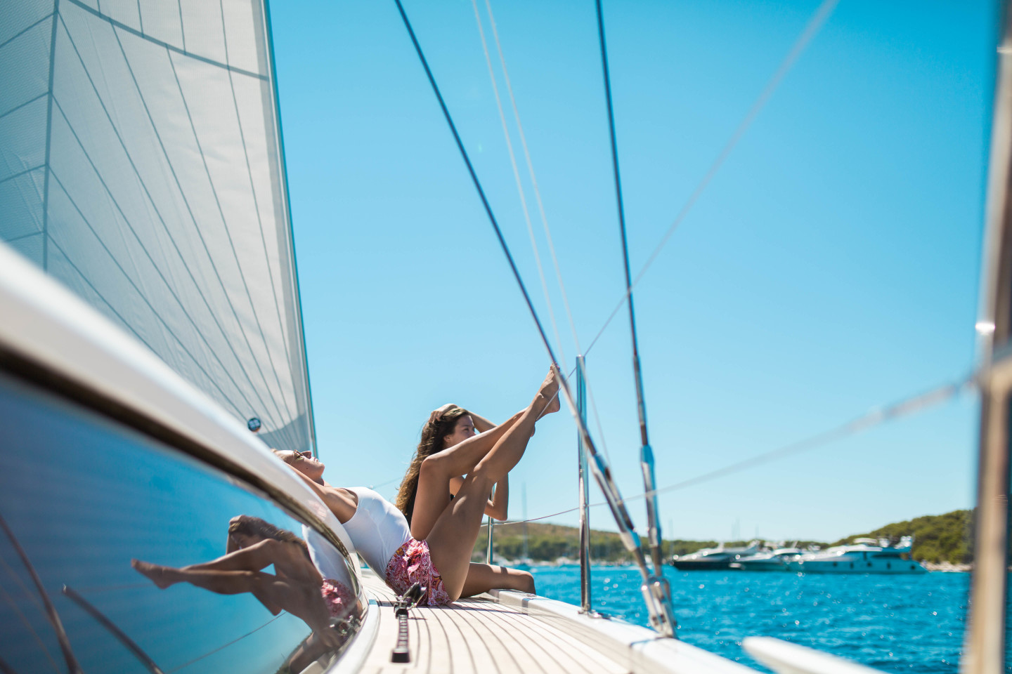 flexible charter summer experience boating rent a boat yacht with family friends