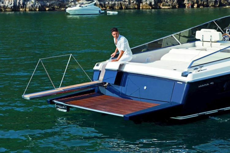 itama 40 dubrovnik luxury cruises for day gentlemans daily dubrovnik tours
