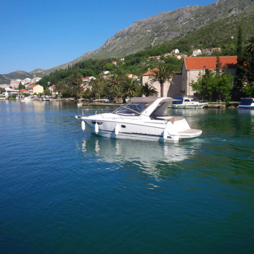 Jeanneau Leader 8 rental for day dubrovnik cruising for day