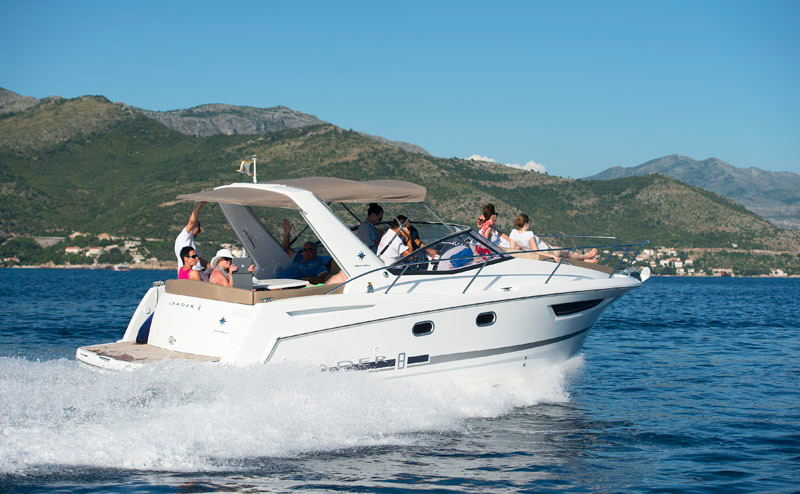 Jeanneau Leader 8 rental for day dubrovnik family and friends