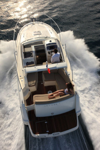 Jeanneau Leader 8 rental for day dubrovnik speed and luxury