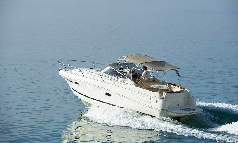 jeanneau leader 805 bimini top bow sundeck