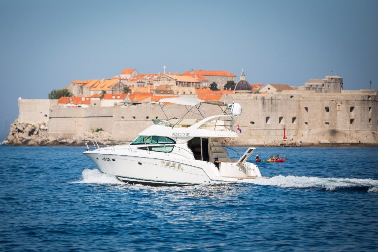 jeanneau prestige 42 cruising the dalmatian coast