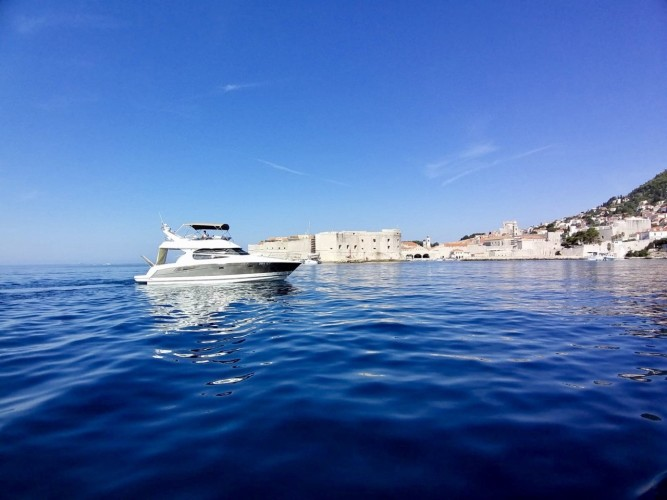 Jeanneau Prestige 440 Fly dubrovnik yachting daily experience