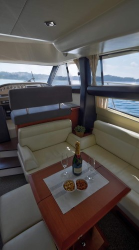 Jeanneau Prestige 440 Fly dubrovnik yachting holiday party fly deck