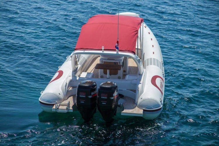 croatia island hopping motor boat hire day trips from rovinj croatia honeymoon
