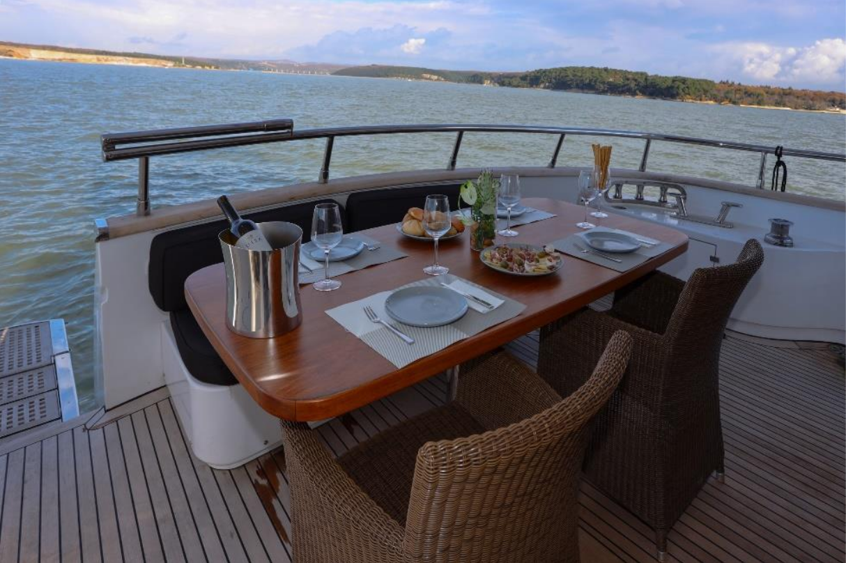 Luxury Cruise Istria to Venice 19 yachting daily experience dining