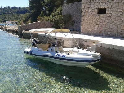 marlin 20 speedboat for rent sunbath and discover