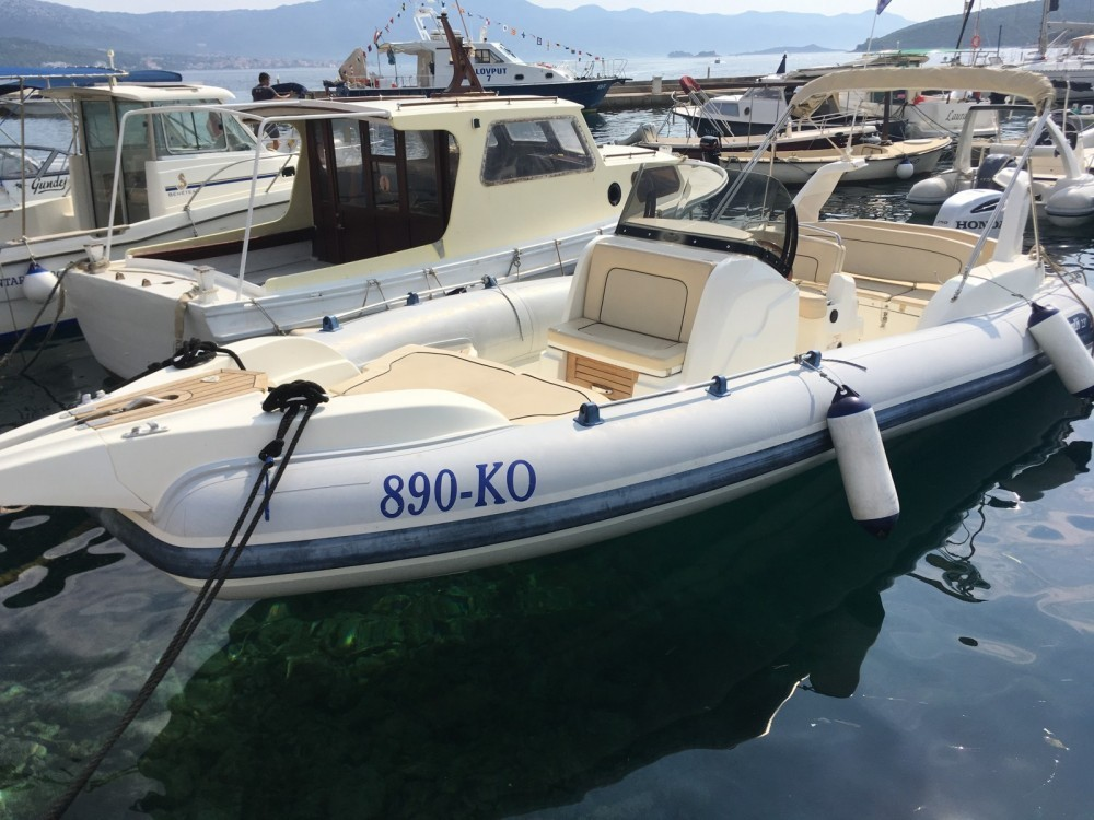 marlin 20 speedboat for rent