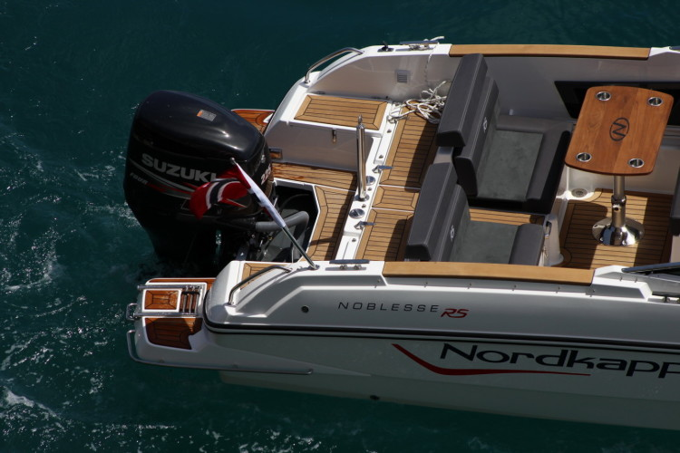Nordkapp Noblesse 820 RS summer rent a boat for a day speedboat friends relax unwind