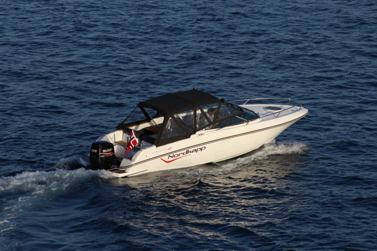 Nordkapp Noblesse 820 RS summer rent a boat