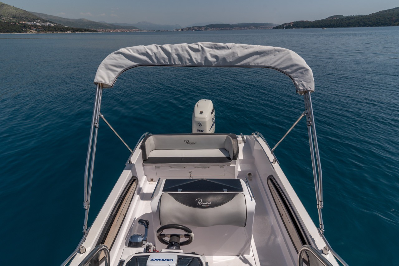 Ranieri Voyager 23S family friends summer on split partner what to do in split