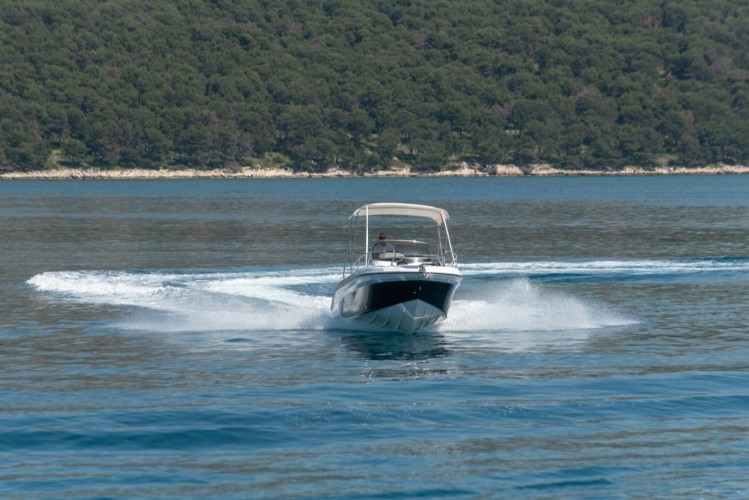 Ranieri Voyager 23S family friends summer on split