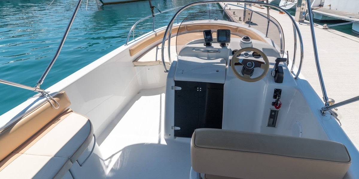 Saver 650 split region to blue lagoon daily tours rent for day