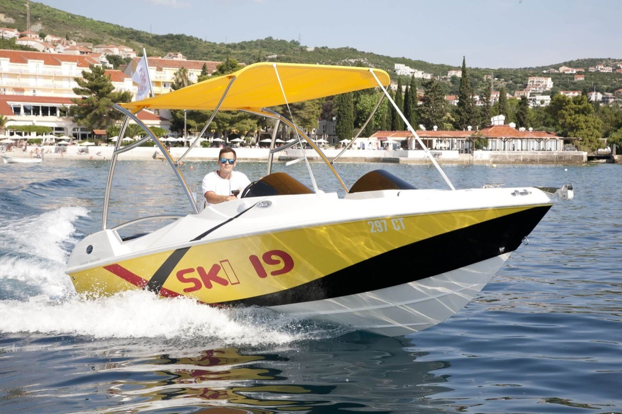 ski 19 dubrovnik daily yachting cruises