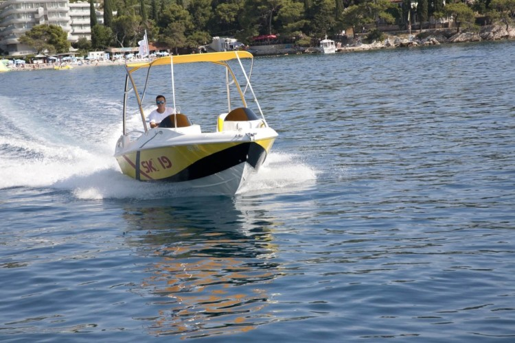 ski 19 dubrovnik daily yachting summer holidays