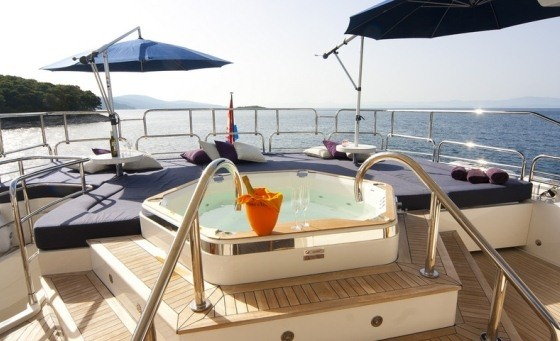 sunseeker 34 luxury cruise croatia luxury yacht charter croatia boat party